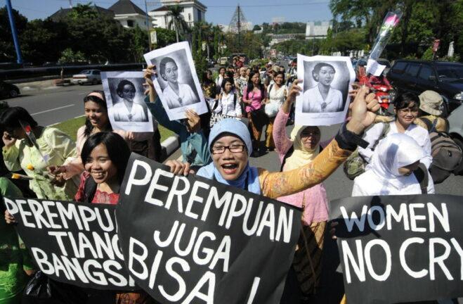 Jurnalis Wanita Hadapi Serangan Peran Ganda